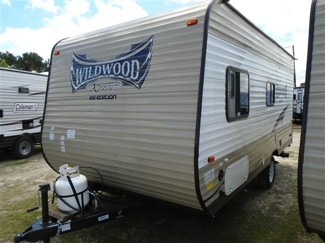 Used 2015 Forest River Wildwood 185RB Travel Trailer For Sale