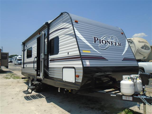 2016 Travel Trailer Heartland Pioneer