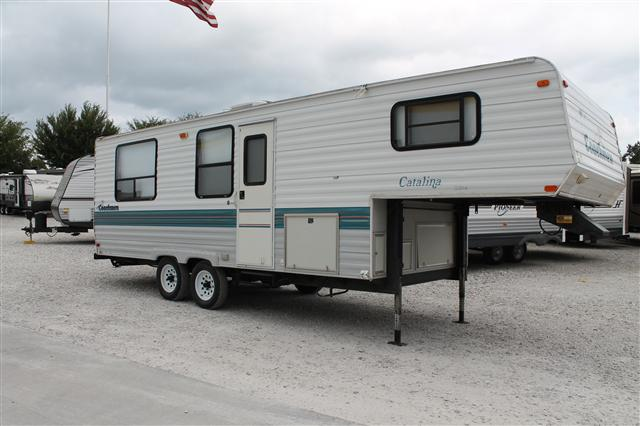 Buy a Used Coachmen Catalina Lite in Lowell, AR.