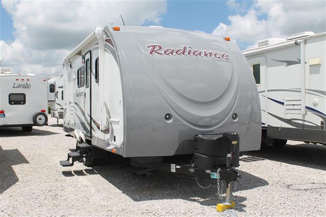 Used 2014 Shadow Cruiser VIEWFINDER 22RBDS RADIANCE Travel Trailer For Sale