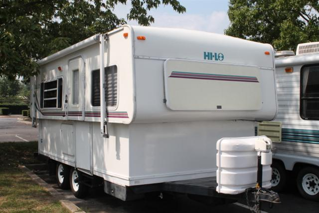 Hilo Travel Trailer http://www.rvs.com/rvsales/travel-trailer/2000/hi-lo-hi-lo/232066/