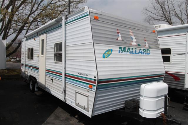 Buy a Used Fleetwood Mallard in Nashville, TN.
