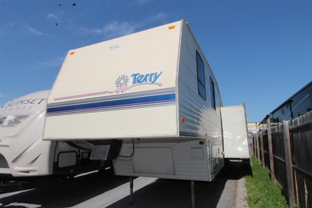 Used 1994 Fleetwood Terry M-30SV Fifth Wheel For Sale