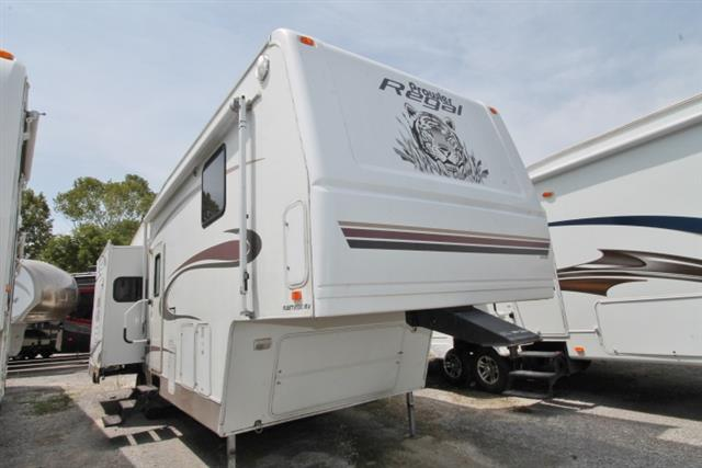 2004 Fleetwood Prowler Regal