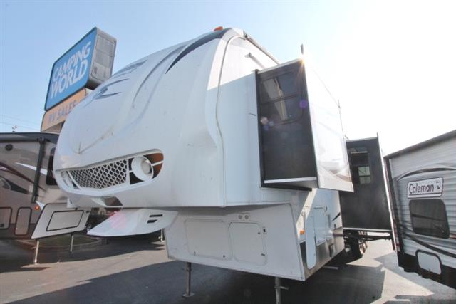 Used 2010 Keystone Fuzion 398 Fifth Wheel Toyhauler For Sale