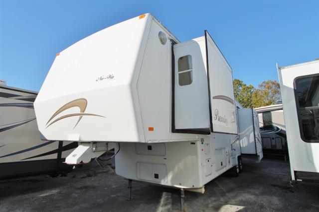 Used 2003 NuWa HITCHHIKER PREMIER 35FKTG Fifth Wheel For Sale