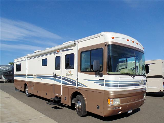 Perfect Bounder 34D Class A Motorhome RV In Louisiana Stock No SD00034