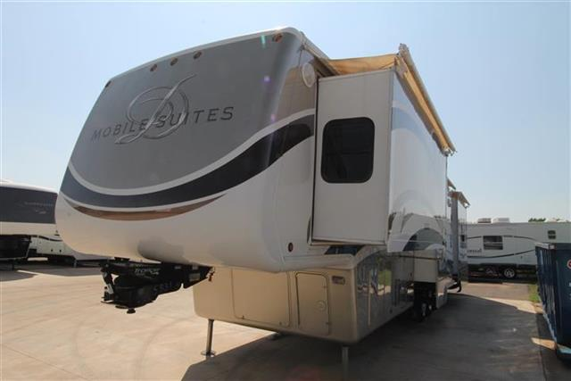 2010 Double Tree RV Mobile Suite