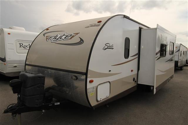 Used 2013 Shasta FLYTE 265DB Travel Trailer For Sale