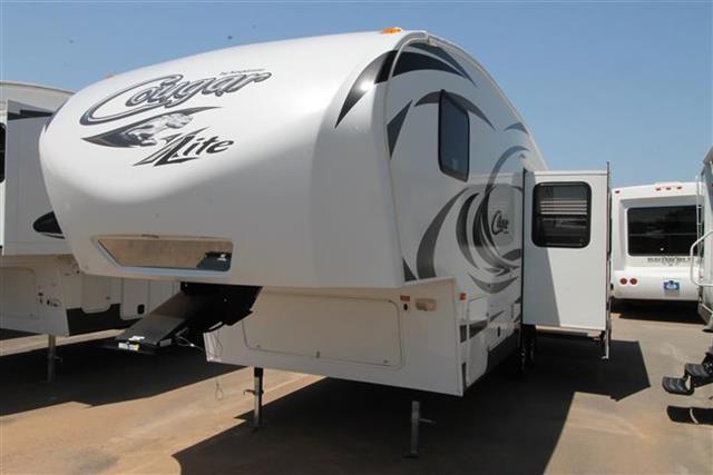 Used 2013 Keystone Cougar Lite 26SAB Fifth Wheel For Sale