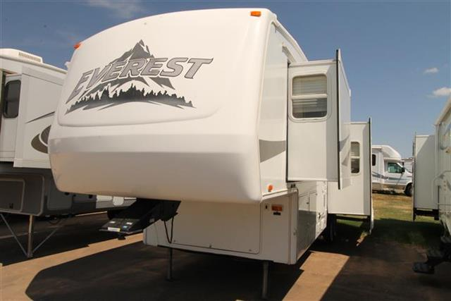 Used 2004 Keystone Everest 292P Fifth Wheel For Sale