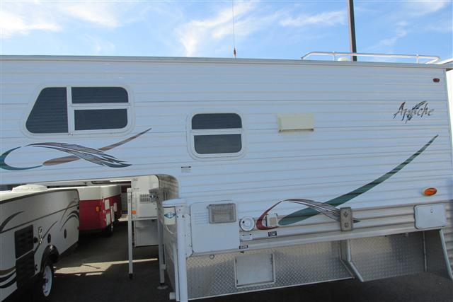 Used2009 Sun Valley Apache Truck Camper For Sale