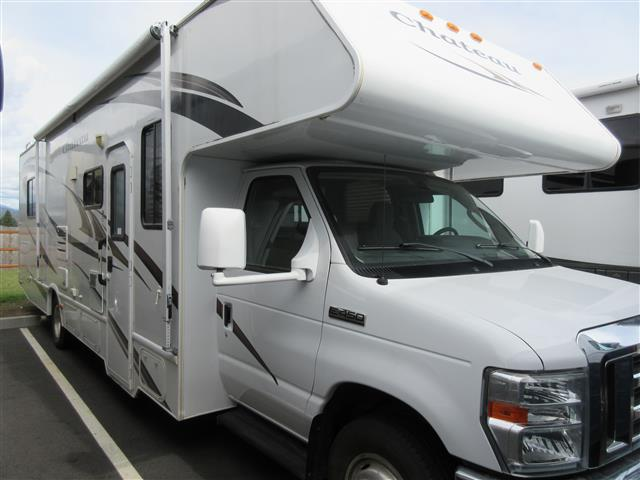 Used 2011 Thor Chateau 31R Class C For Sale