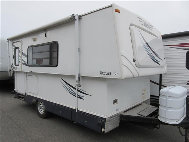 Used 2008 Hi Lo Alpine Lite 19C Travel Trailer For Sale