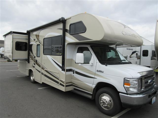 Used 2015 Thor Chateau 26A Class C For Sale