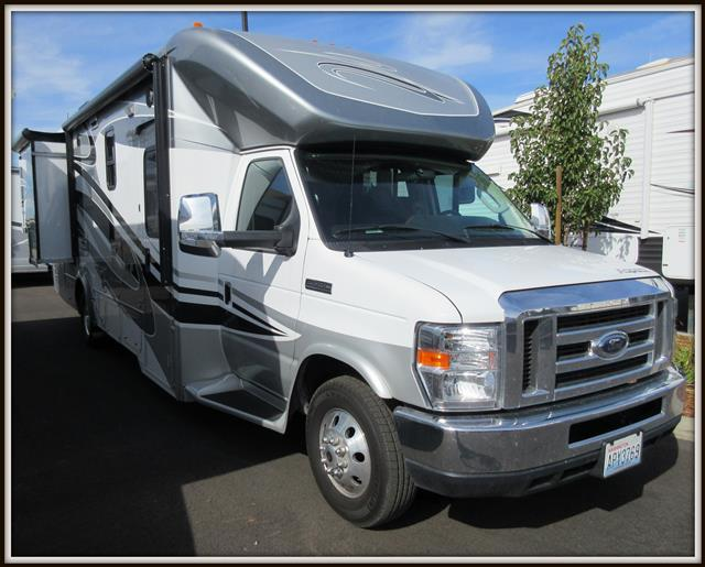 Used 2014 Winnebago Aspect 27K Class C For Sale