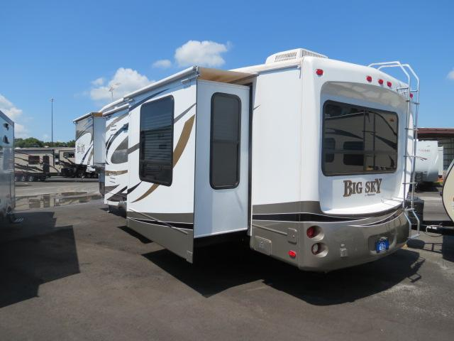 Used2009 Montana Big Sky Fifth Wheel For Sale