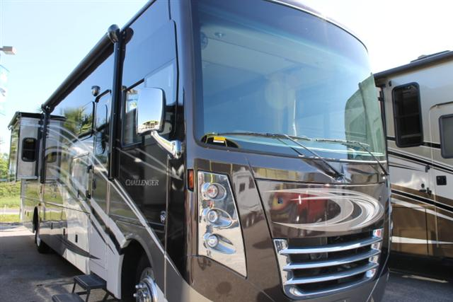 Buy a New THOR MOTOR COACH Challenger in Dover, FL.