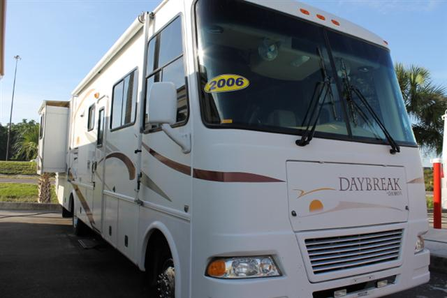 Used 2006 Damon DayBreak