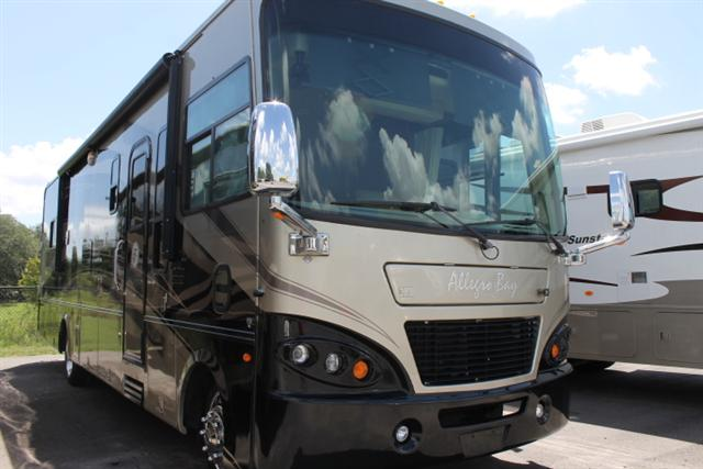 Buy a Used Tiffin Allegro Bay in Dover, FL.