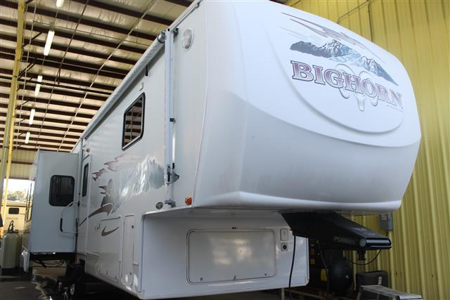 Used 2007 Heartland Big Horn 2955RL Fifth Wheel For Sale