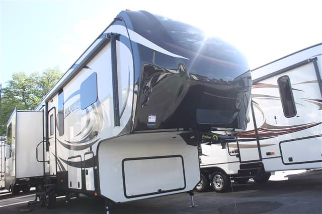 New 2015 Keystone Alpine 3100RL Fifth Wheel For Sale