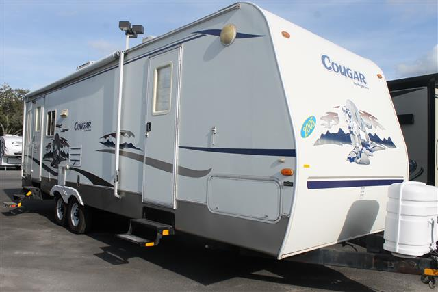 Used 2005 Keystone Cougar 294RLS Travel Trailer For Sale
