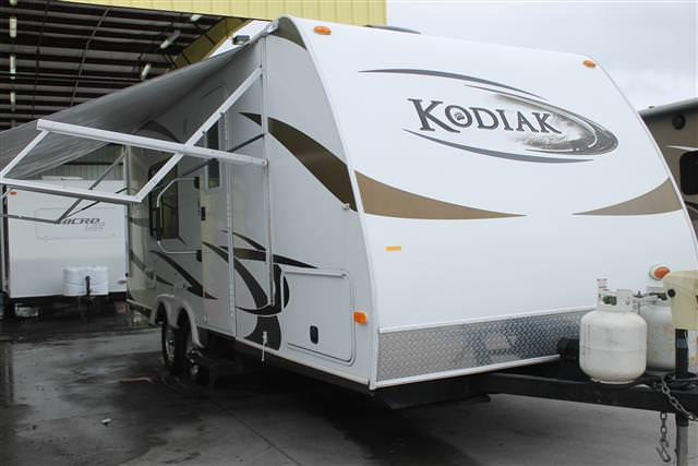 Used 2011 Dutchmen Kodiak 200QB Travel Trailer For Sale
