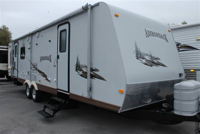 Used 2008 Dutchmen Adirondack 31RL Travel Trailer For Sale