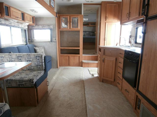 Front Living Room Fifth Wheel In Ny State