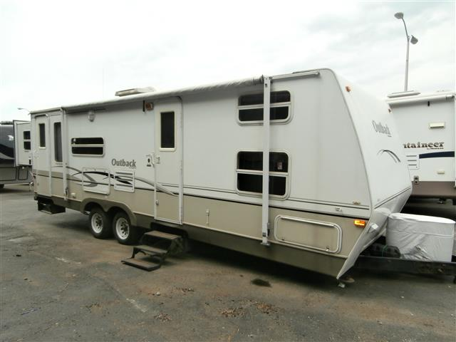 Used 2004 Keystone Outback 28BH Travel Trailer For Sale