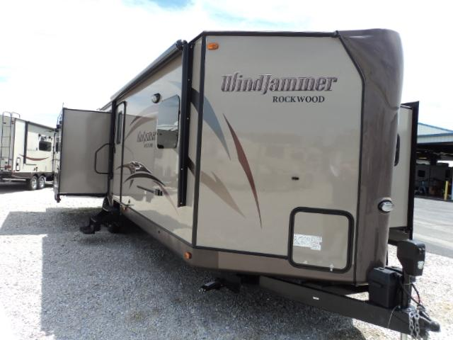 2015 Forest River ROCKWOOD WINDJAMMER