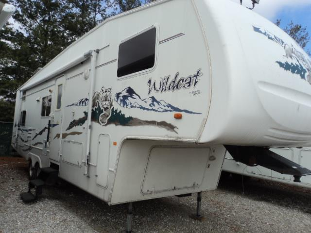 Used 2005 Forest River Wildcat 31QBH Fifth Wheel For Sale