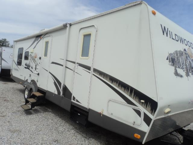 Used 2008 Forest River Wildwood 282RLSS Travel Trailer For Sale