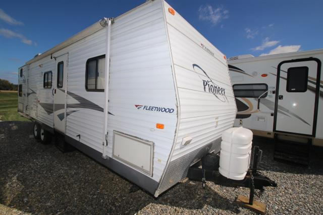 Used 2006 Fleetwood Pioneer 320DBHS Travel Trailer For Sale