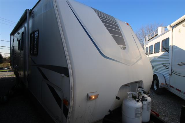 Used 2005 Fleetwood Pegasus 290BHS Travel Trailer For Sale