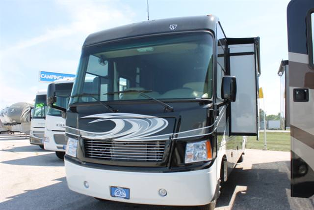 Buy a New THOR MOTOR COACH Challenger in Columbia, MO.