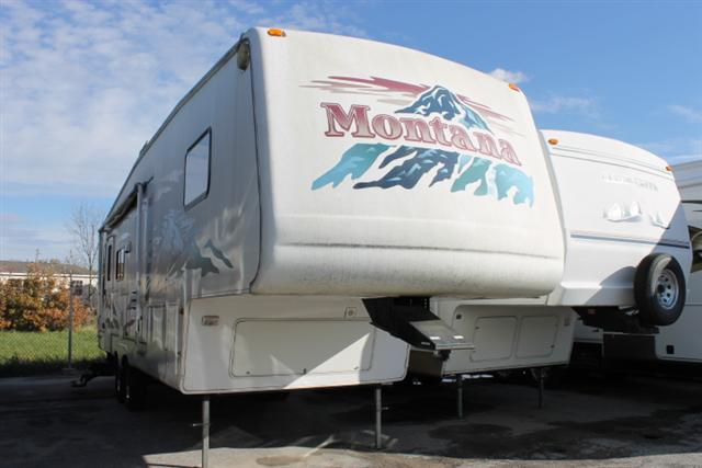 Buy a Used Keystone Montana in Columbia, MO.