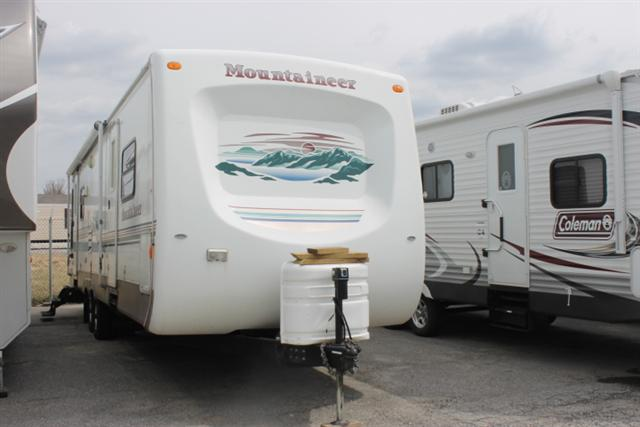 Buy a Used Keystone Mountaineer in Columbia, MO.