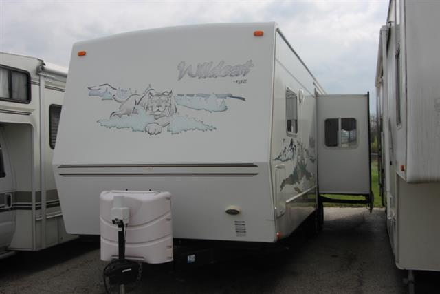 Used 2005 Forest River Wildcat 29RL Travel Trailer For Sale