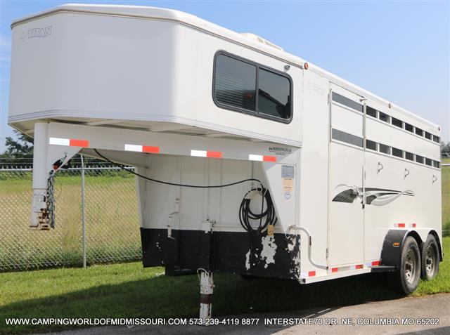 Used 2005 TITAN Titan 20 Fifth Wheel Toyhauler For Sale