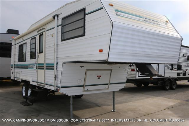 Used 1989 Newmar American Star 26RBD Fifth Wheel For Sale