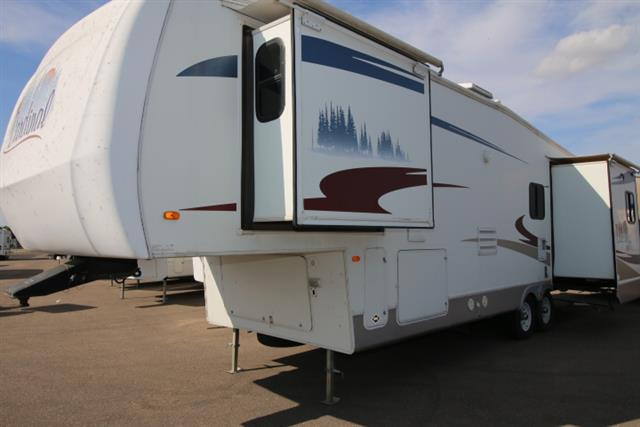 Used 2007 Forest River Cardinal 33TS Fifth Wheel For Sale