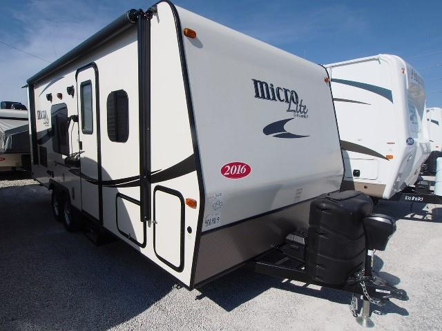 New 2016 Forest River Flagstaff 23LB Travel Trailer For Sale