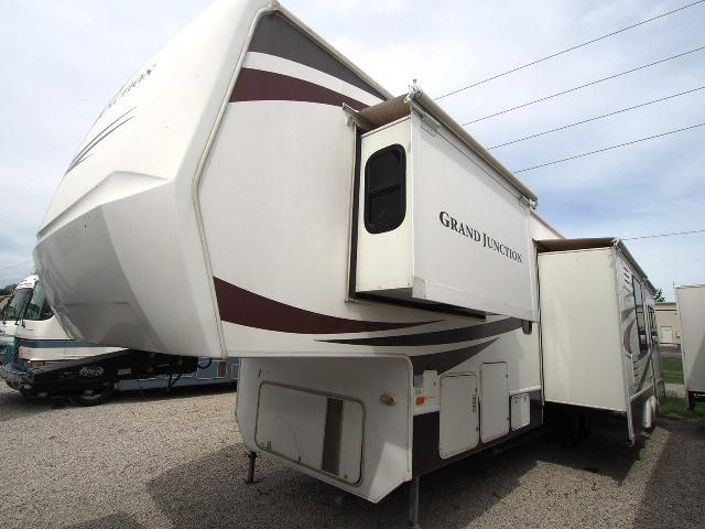 Used 2008 Dutchmen Grand Junction 37QSB Fifth Wheel For Sale