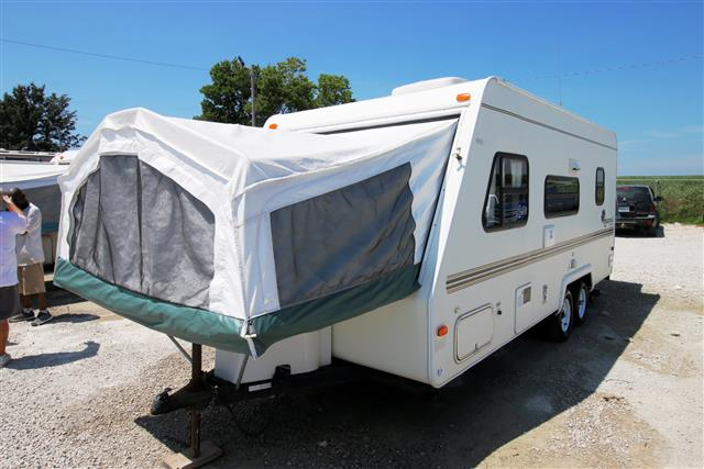 Used 2002 Forest River Shamrock 21 Hybrid Travel Trailer For Sale
