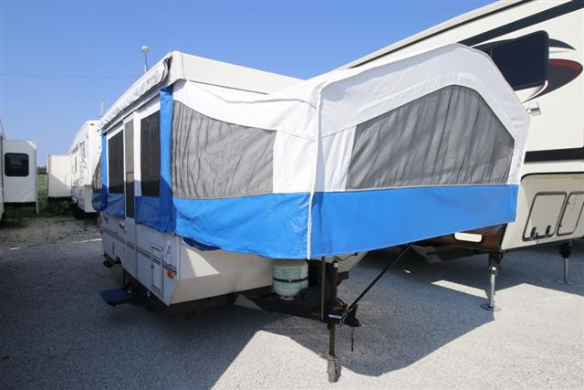 Used 2004 Forest River Flagstaff 228 Pop Up For Sale