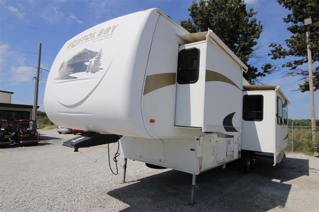 2008 Winnebago BRISTOL BAY