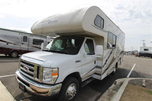 2015 THOR MOTOR COACH Freedom Elite