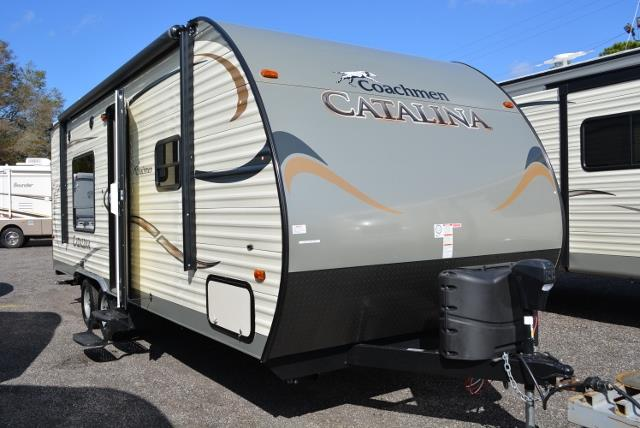 New 2015 Coachmen Catalina 223FB Travel Trailer For Sale